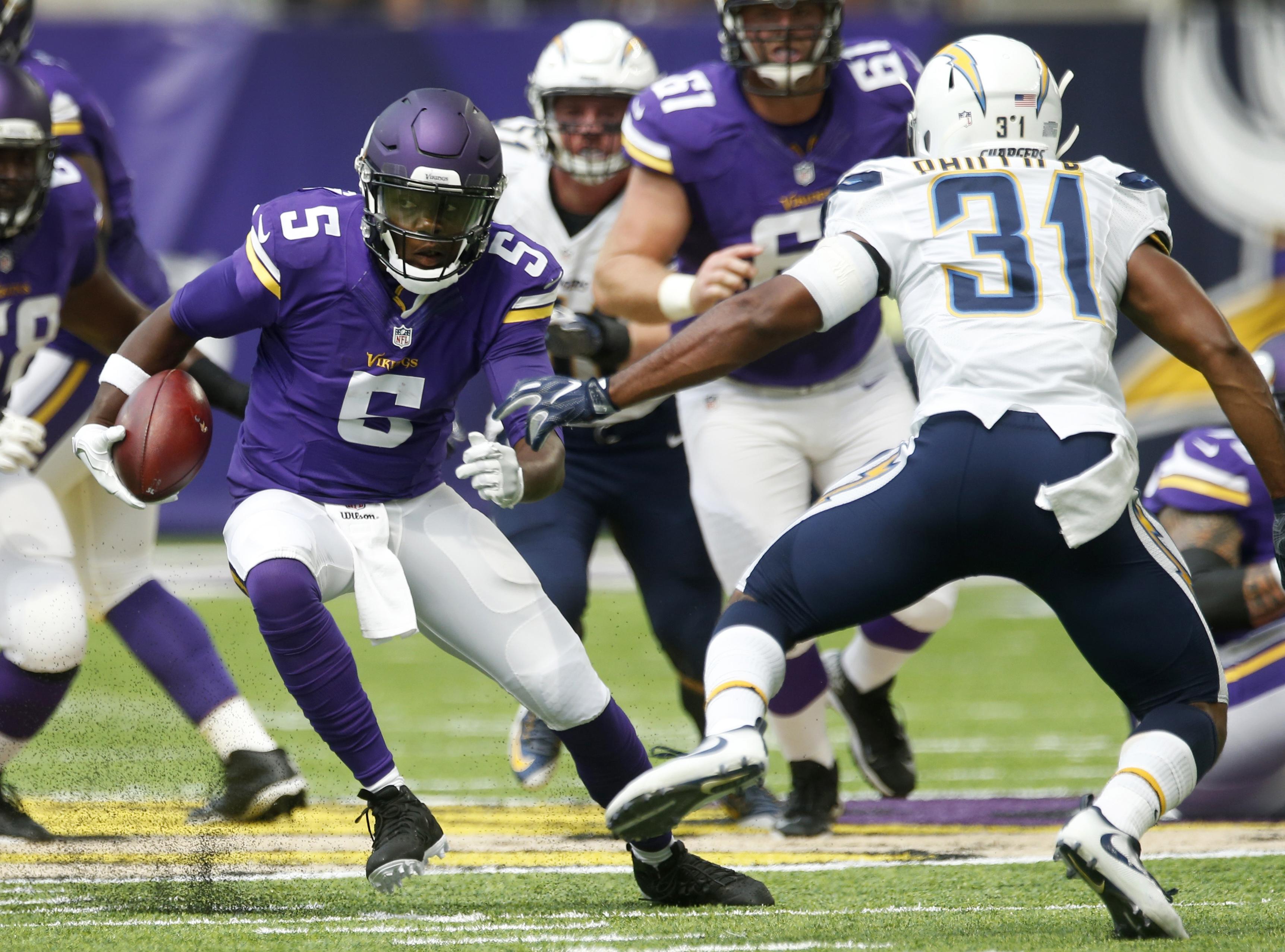 Minnesota Vikings Quarterback Teddy Bridgewater 5
