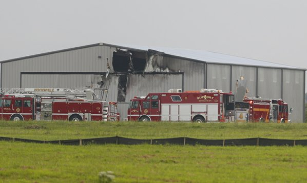 Pilot killed in plane crash at Bentonville airport