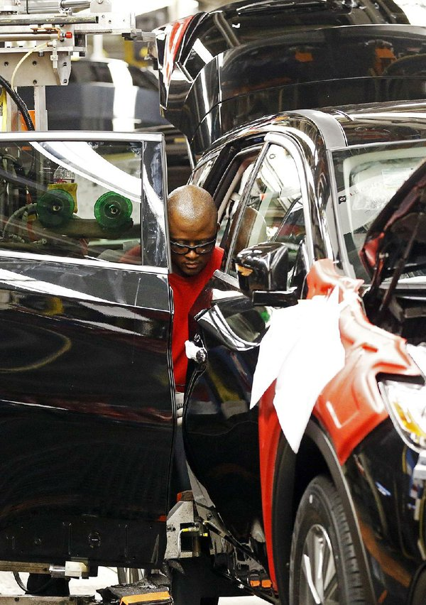 Auto sales slide 4% in August; industry bracing for off year