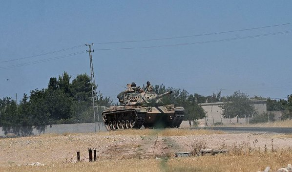 Turkish Tanks Cross into Syria in 'New Phase' against IS