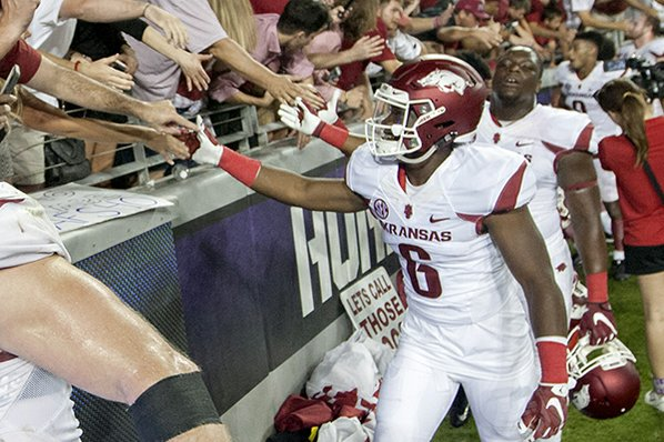 Arkansas aims to remain in national spotlight after TCU win