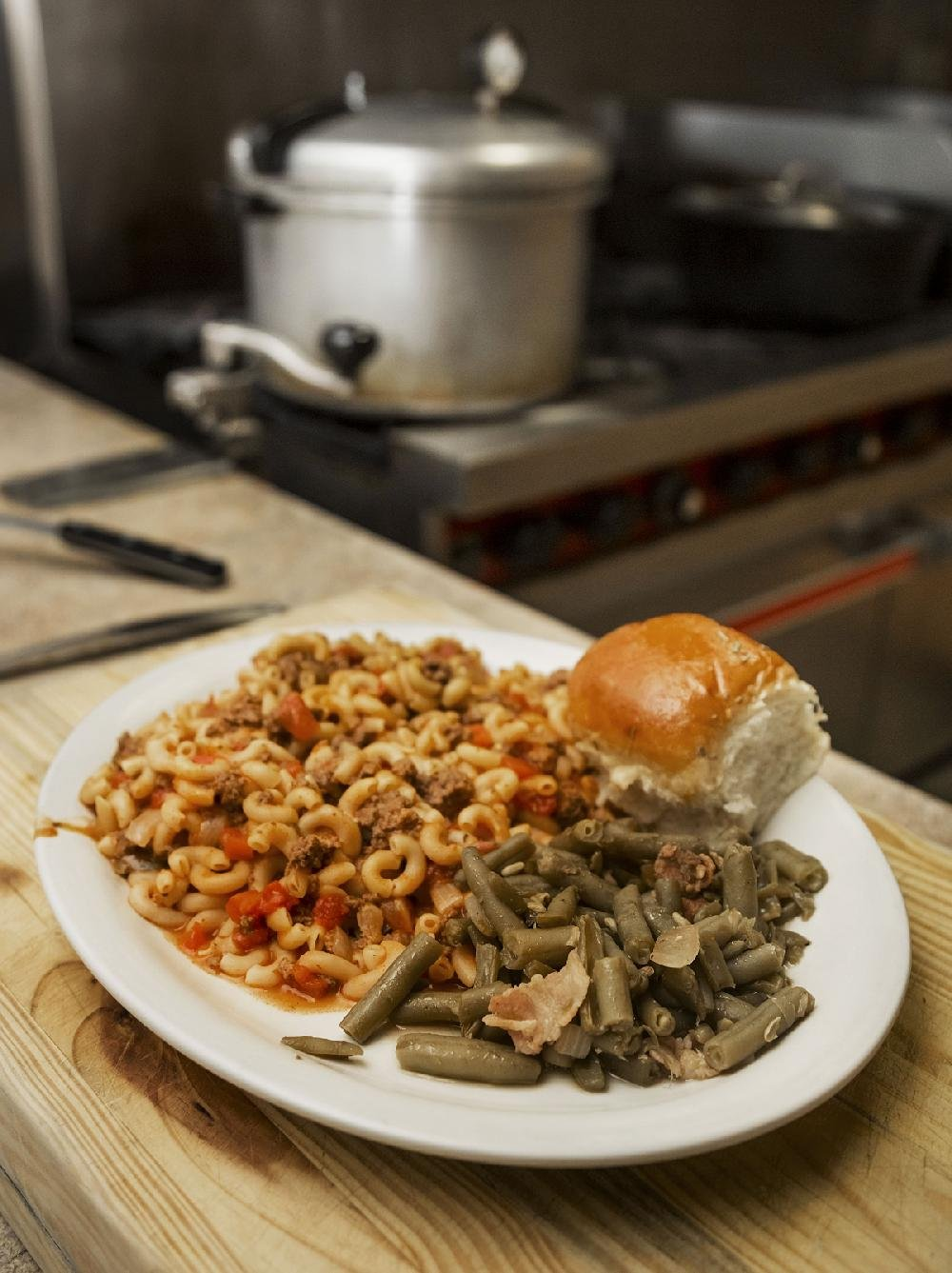 Recipes that sizzle: Arkansas firefighters know what it takes to ...