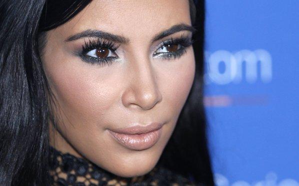 There's a Kim Kardashian Robbery-Themed Halloween Costume