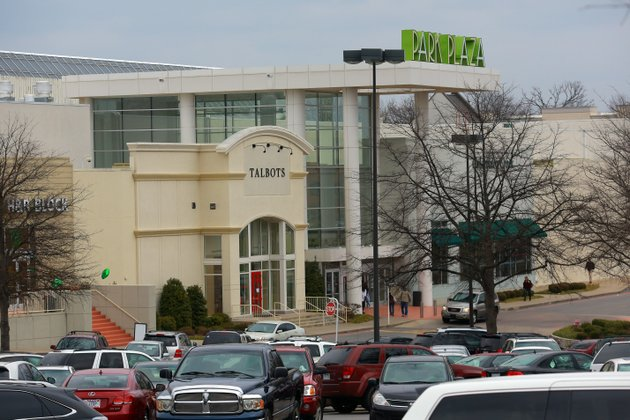 Apr 08, · Located in the Little Rock, AR, area, Park Plaza Mall features more than 80 specialty shops like Ann Taylor, Coach, Hollister & Co., Sephora, and Teavana. Several dining options are also available. Open Now/5(13).