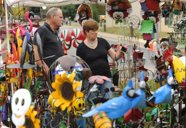 Craft enthusiasts come from afar for northwest arkansas fairs for Craft fair fayetteville ar