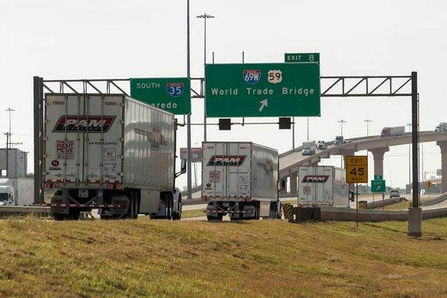 pam-transportation-trucks-cross-the-mexico-border-at-laredo-texas