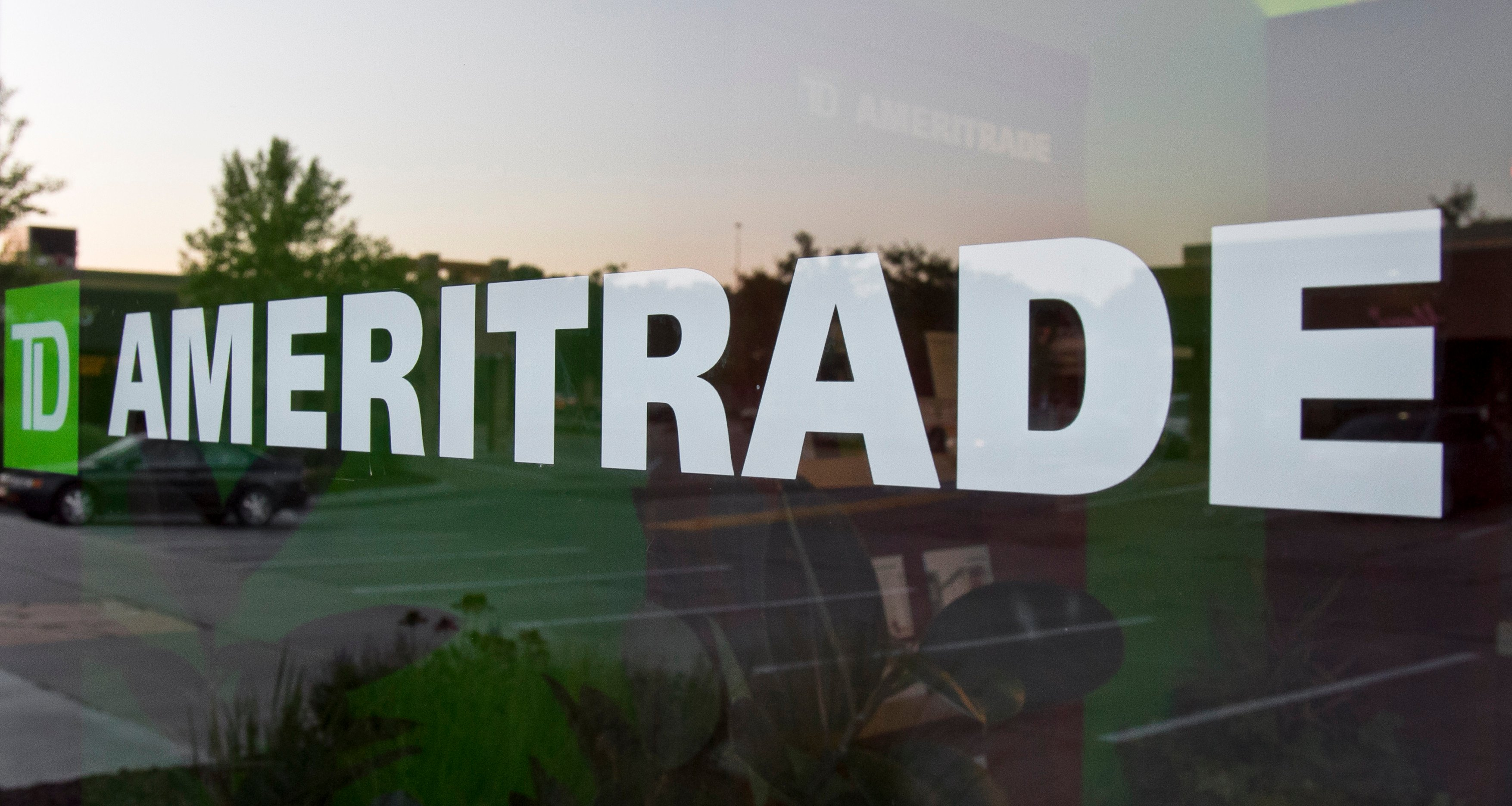 TD Ameritrade to buy Scottrade in $4B cash-and-stock deal