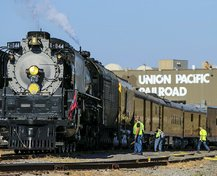 resized_250499-train03_75-22063