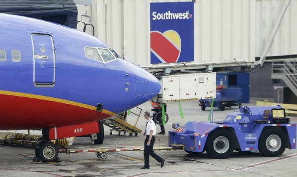 Southwest Airlines stock plunges on lower fares