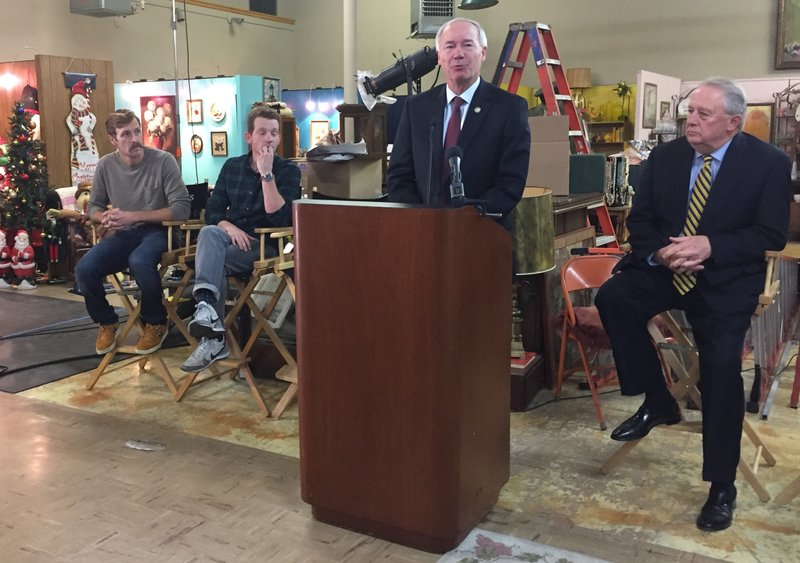 Video Photos Governor Writers Praise Movie Filmed In North Little