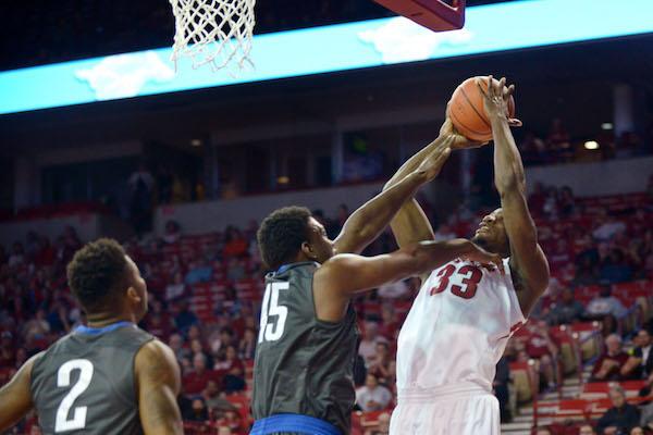 WholeHogSports - UA Game 2: Grab rebounds, not foes