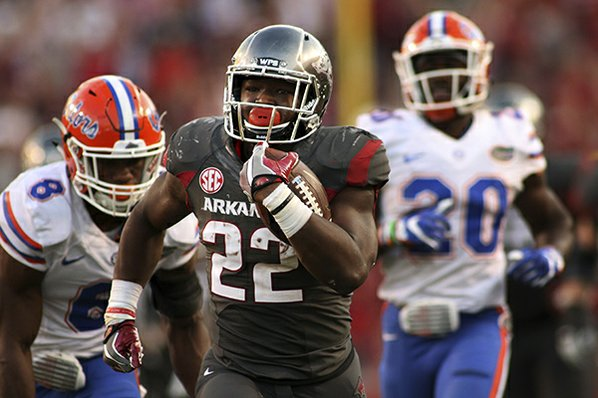 Arkansas piles up offense in 58-42 win