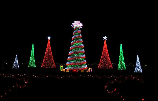 Are We There Yet 10 Glimmering Arkansas Christmas Displays Offer Visitors Holiday Cheer