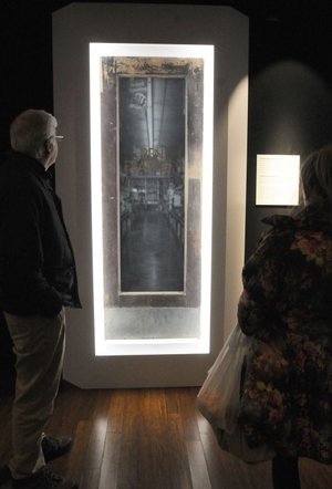 3 2016 at an original door from Sam Waltonu0027s first Ben & Walton museum gets 1945 doors   NWADG pezcame.com