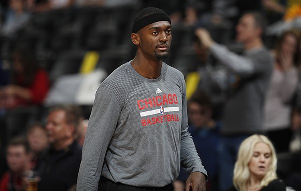 Chicago Bulls forward Bobby Portis (5) in the first half of an NBA basketball game Tuesday, Nov. 22, 2016, in Denver. (AP Photo/David Zalubowski)