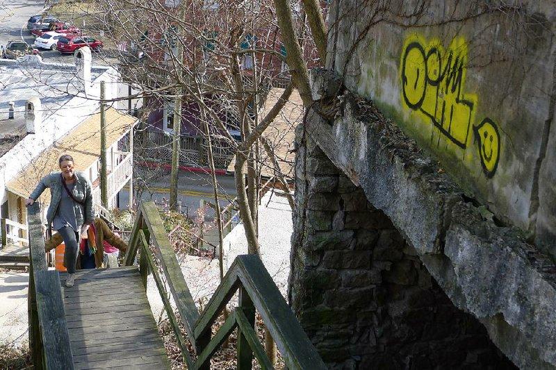 Graffiti on buildings unnerves Eureka Springs