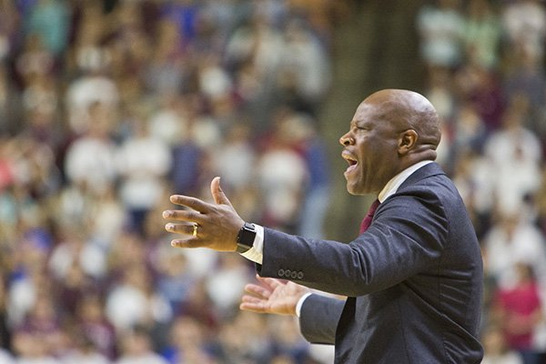 Arkansas basketball coach Mike Anderson reacts to a call during an NCAA college basketball game against Texas A&M, Tuesday, Jan. 17, 2017 at Reed Arena in College Station, Texas. (Timothy Hurst/College Station Eagle via AP)