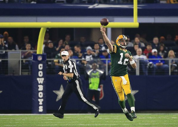 Olivia Munn Praises Aaron Rodgers, Packers After Team's Loss