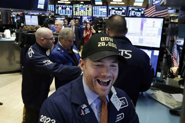 Stocks Rise as Indexes Trade in Fresh Record Territory
