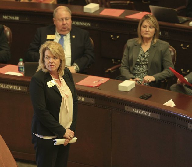 rep-robin-lundstrum-waits-monday-on-the-house-fl-oor-to-see-whether-any-legislators-want-to-speak-for-or-against-her-bill-house-bill-1428-the-bill-would-require-the-suspension-of-the-license-of-an-abortion-providing-clinic-if-it-commits-legal-or-code-violations