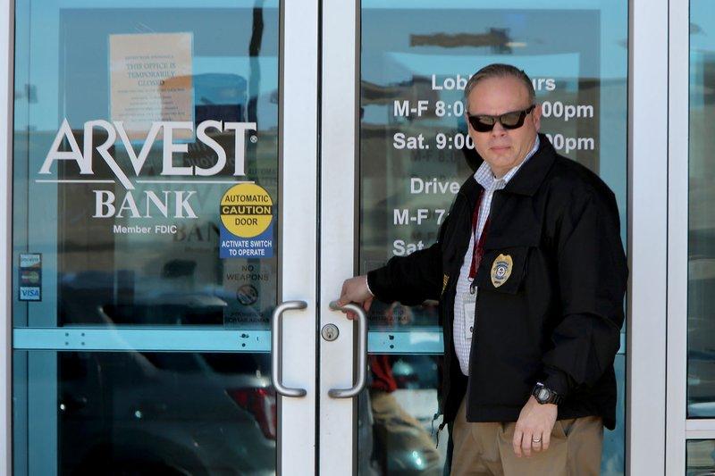 Springdale branch of Arvest robbed