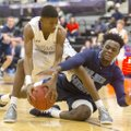 Fayetteville's Frank Morgan (left) and Springdale Har-Ber's Austin Garrett go after a loose ball Fri...