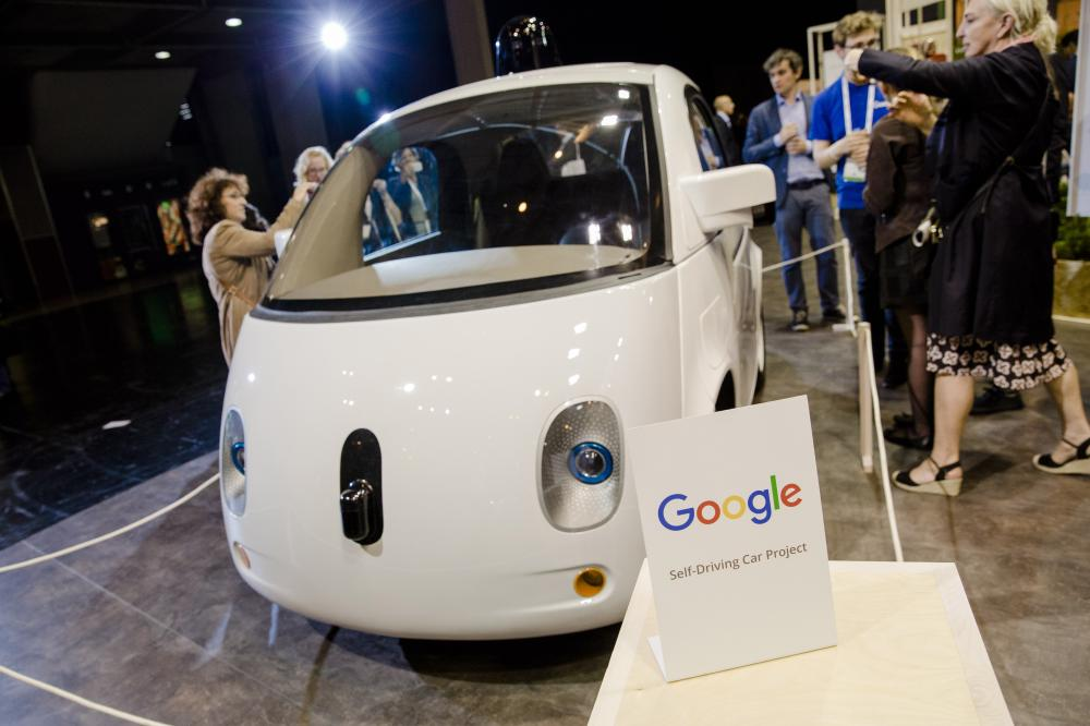 For the past year, Google's car project has been a talent sieve, thanks to leadership changes, strategy doubts, new startup dreams and rivals luring self-driving technology experts. Another force pushing people out? Money. A lot of it.