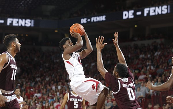 Arkansas guard Jaylen Barford pulls up for a shot during a game against Texas A&M on Wednesday, Feb. 22, 2017, in Fayetteville.