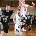 Westin Church (24) of Pea Ridge drops in a layup as West Fork's Justin Bivens attempts to block the ...