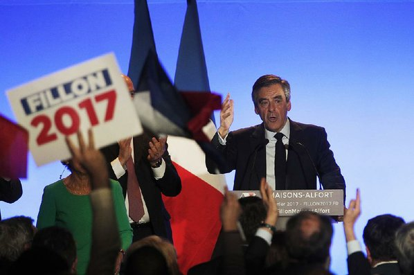 Magistrates to probe France's Fillon over 'fake jobs'