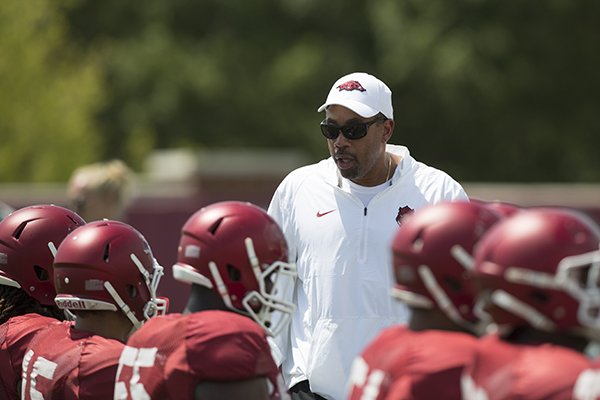 'Lot of love' put Hogs in running for LB Charlton