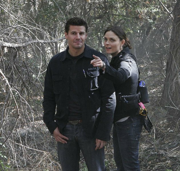 david-boreanaz-and-emily-deschanel-are-shown-in-2006-in-a-scene-from-the-second-season-of-bones-the-long-running-series-comes-to-an-end-at-8-pm-march-28-on-fox
