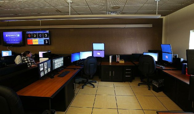call-takers-work-next-to-empty-seats-thursday-at-the-little-rock-911-communications-center-where-understaffing-has-long-been-a-problem