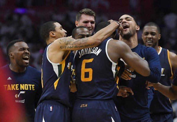 Joe Johnson's last second heroics put Jazz over Clippers in Game 1