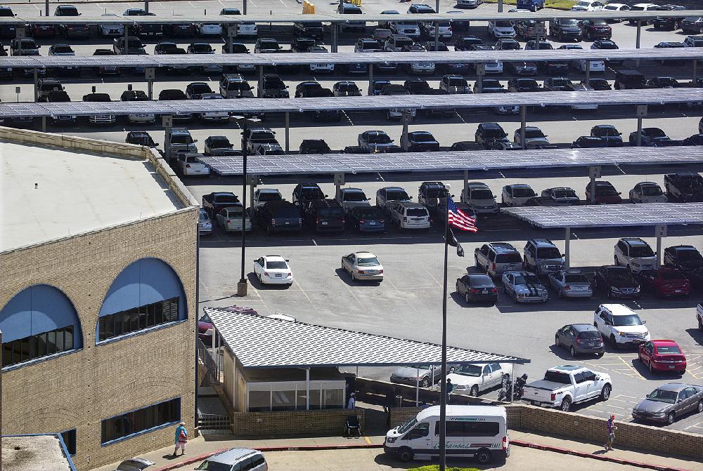 Va Hospital In Little Rock Activates Its Solar Panels Nwadg