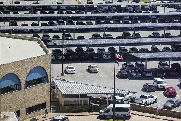 Va Hospital In Little Rock Activates Its Solar Panels