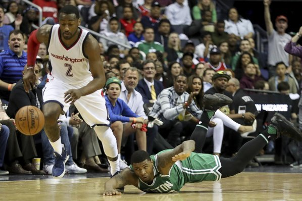 Kelly vs Kelly: Wizards-Celtics Game 3 turns into shoving contest
