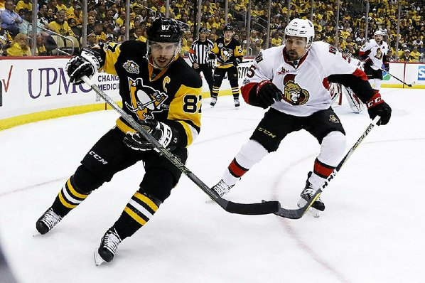 Justin Schultz exits Game 2 after big hit into boards