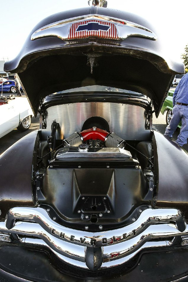 Motorhead Madness Auto Enthusiasts Gather In North Little Rock Once A Month To Show Off Their