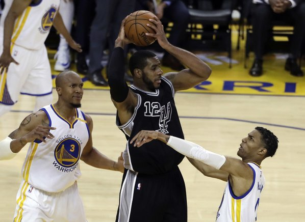 Warriors throttle Spurs to take 2-0 series lead