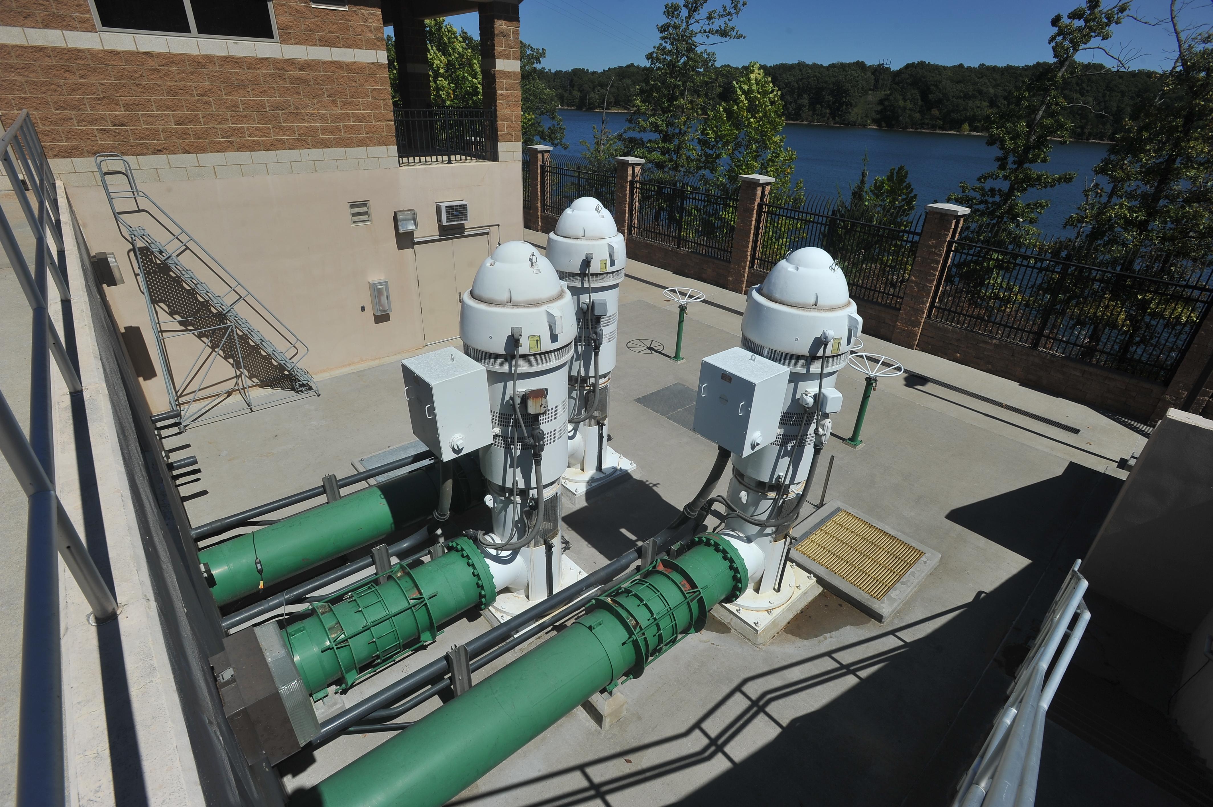 $88 million pipeline project must start now, water board told