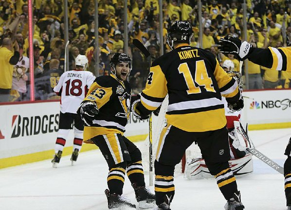 Penguins advance to finals