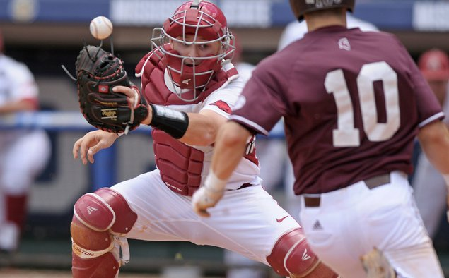 Arkansas pitchers combine for no-hitter against Auburn
