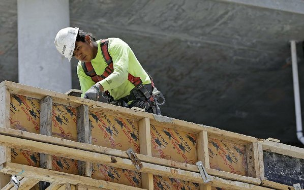 US growth in Q1 revised up to 1.2 pct. but still weak