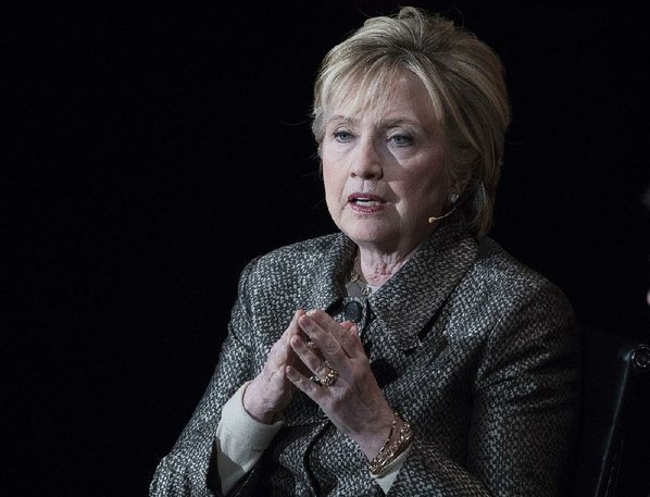 Hillary Clinton takes jab at President Trump on Twitter