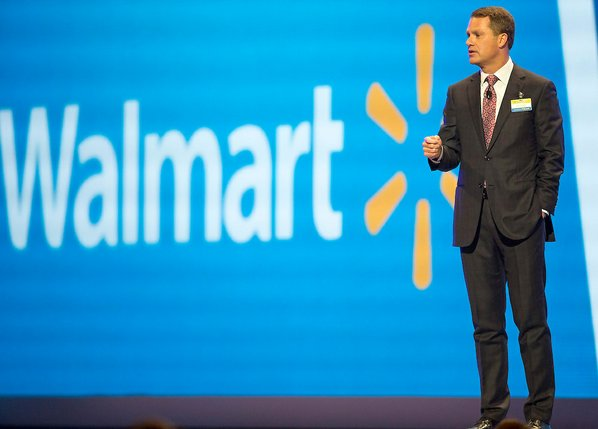 Walmart employees will now deliver online orders to customers' homes