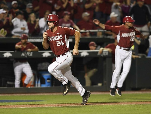 Spanberger's home run lifts Arkansas over Oral Roberts