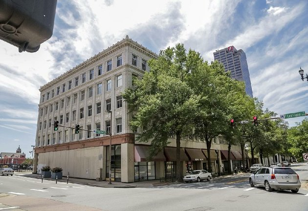 rock-capital-real-estate-purchased-the-hall-and-davidson-buildings-at-212-w-capitol-ave-in-downtown-little-rock-for-23-million-with-plans-to-open-a-hotel-at-the-location