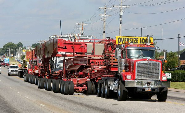 Arkansas Bill Of Sale >> Million-pound 'superload' draws spectators during slow ...
