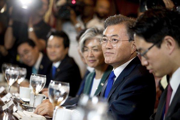 US Looks To Revive Talks On North Korea's Nuclear Program